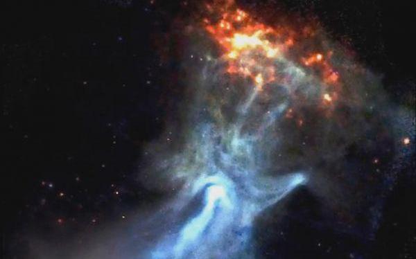 """Các nhà thiên văn học đã phát hiện ra một """"bàn tay ma khổng lồ"""" dài 150 năm ánh sáng"""