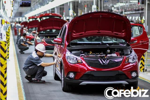 Tỷ phú Phạm Nhật Vượng chiêu mộ loạt nhân sự cấp cao từ Tesla, Toyota đến BMW, quyết nâng tầm VinFast thành hãng xe điện toàn cầu - Ảnh 2.