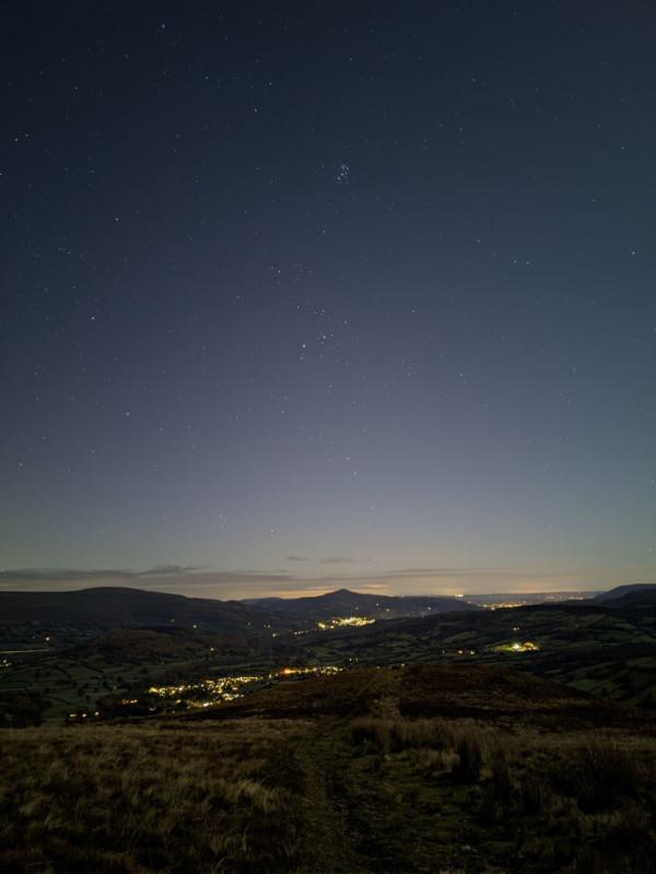 Những bức ảnh thiên văn đẹp mê hồn này được chụp bằng smartphone - Ảnh 3.