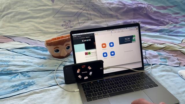 Hướng dẫn sử dụng điện thoại làm webcam cho PC, dù bạn dùng Android hay iOS - Ảnh 1.