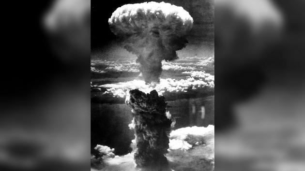 Tại sao bom hạt nhân phát nổ tạo thành đám mây hình nấm? - Ảnh 3.