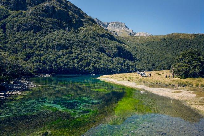 Chiêm ngưỡng hồ nước ngọt sạch nhất thế giới mà con người từng biết đến - Ảnh 4.