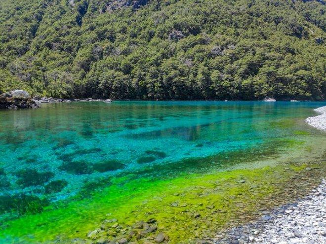 Chiêm ngưỡng hồ nước ngọt sạch nhất thế giới mà con người từng biết đến - Ảnh 5.
