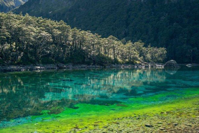 Chiêm ngưỡng hồ nước ngọt sạch nhất thế giới mà con người từng biết đến - Ảnh 6.