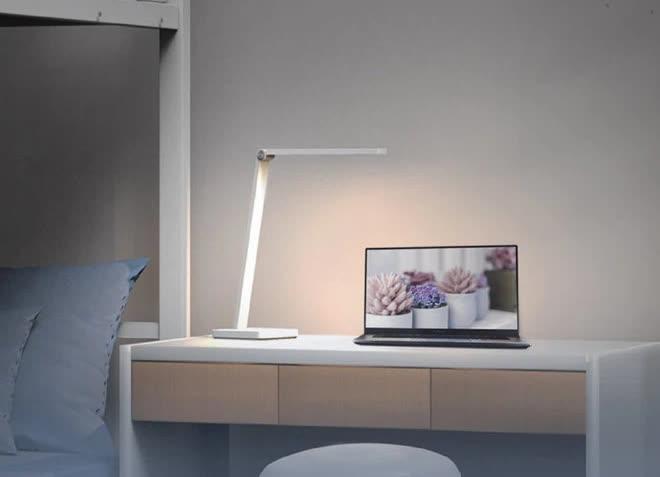 Xiaomi ra mắt đèn bàn mới, cập nhật loạt tính năng thông minh, giá chỉ 15 USD - Ảnh 1.