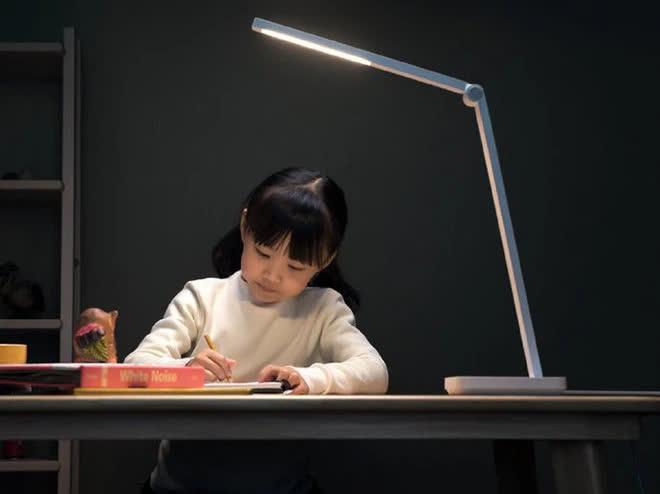 Xiaomi ra mắt đèn bàn mới, cập nhật loạt tính năng thông minh, giá chỉ 15 USD - Ảnh 2.