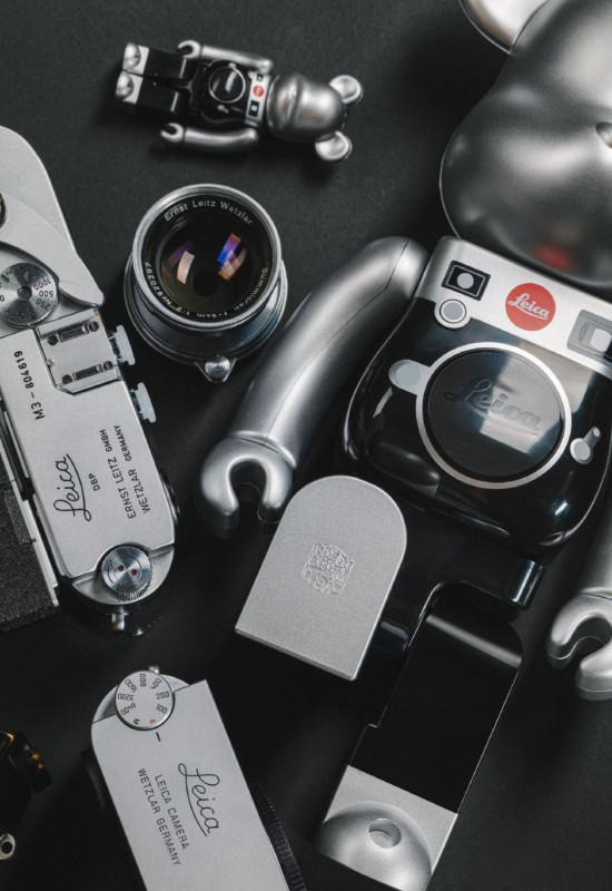 Sản phẩm tiếp theo mang thương hiệu Leica là một chú gấu, tiếc thay nó không chụp ảnh được - Ảnh 5.