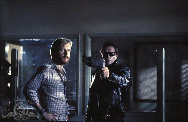 Ảnh hậu trường hiếm của một trong những bộ phim nổi tiếng nhất mọi thời đại: Kẻ Hủy Diệt (1984) - Ảnh 1.