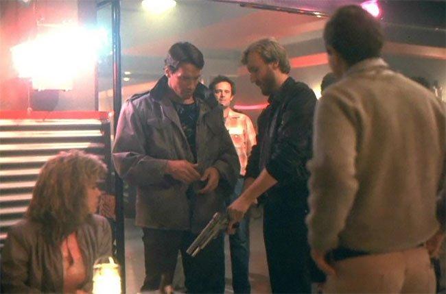 Ảnh hậu trường hiếm của một trong những bộ phim nổi tiếng nhất mọi thời đại: Kẻ Hủy Diệt (1984) - Ảnh 26.