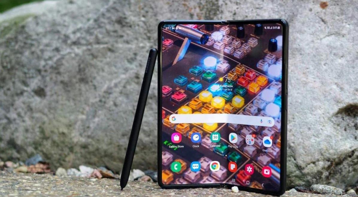 Có 47 triệu, chọn iPhone 13 Pro Max full option vừa ra mắt hay Galaxy Z Fold3 để chứng tỏ độ sang chảnh? - Ảnh 6.