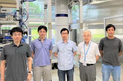 Làm rối được một bộ 3 chấm lượng tử silicon, nhóm các nhà nghiên cứu Nhật tạo nên đột phá ngành máy tính lượng tử - Ảnh 2.