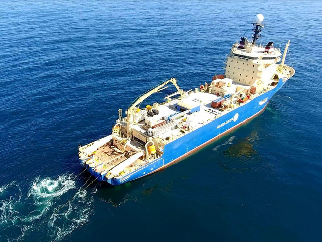 Google, Facebook đặt hàng nghìn dặm cáp quang dưới đáy biển như thế nào? - Ảnh 10.