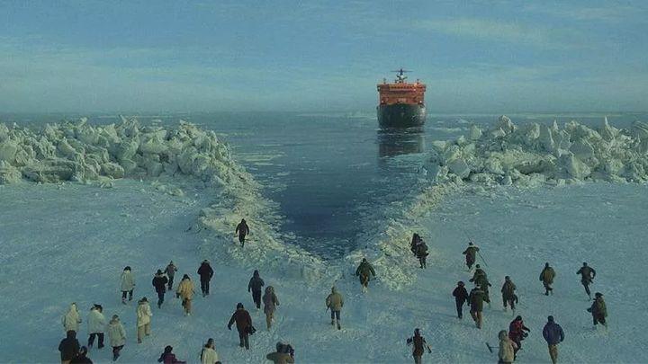 Vì ba con cá voi xám, Liên Xô và Mỹ đã bắt tay hợp tác ngay trong thời kỳ Chiến tranh Lạnh - Ảnh 8.