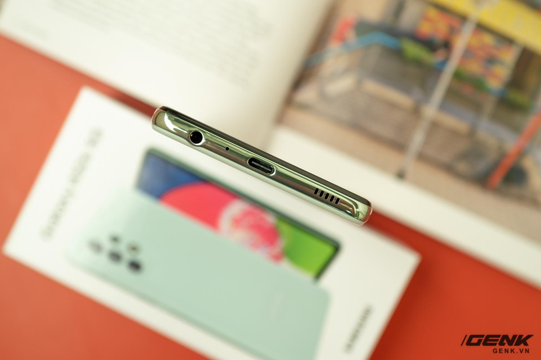 Trên tay Samsung Galaxy A52s 5G: Phiên bản nâng cấp nhẹ với vi xử lý mới - Ảnh 6.