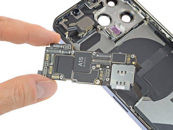 iFixit mổ bụng iPhone 13 Pro để thấy những thay đổi lớn bên trong - Ảnh 6.