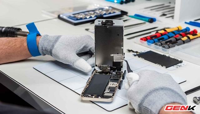 Những việc cần nên làm trước khi mang laptop hay điện thoại đi sửa chữa - Ảnh 1.