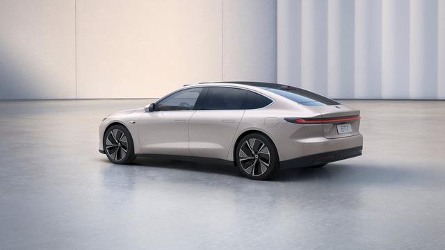 Ô tô điện Trung Quốc phá đảo mọi kỷ lục, sạc 1 lần đi 1000 Km, khiến Tesla phát hoảng - Ảnh 2.