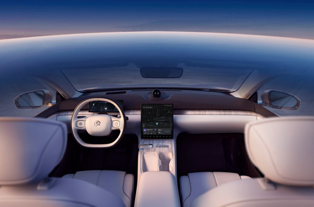 Ô tô điện Trung Quốc phá đảo mọi kỷ lục, sạc 1 lần đi 1000 Km, khiến Tesla phát hoảng - Ảnh 6.