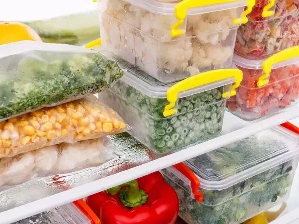 9 bí quyết đơn giản giúp bảo quản thực phẩm trong tủ lạnh trong trường hợp mất điện dài ngày - Ảnh 3.