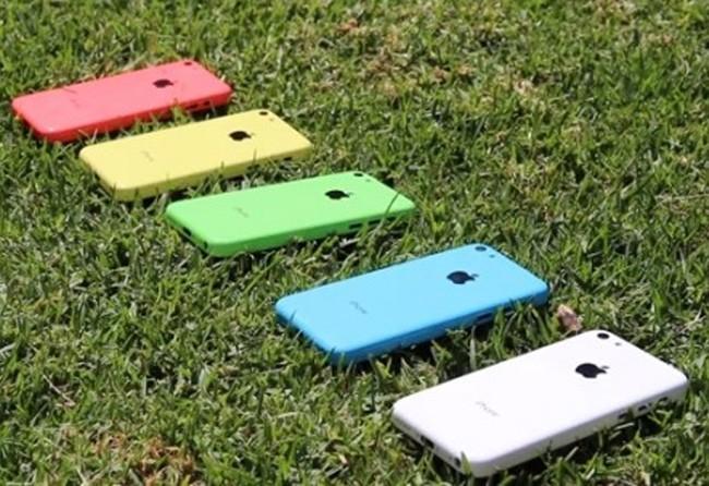 Nhà mạng tặng miễn phí iPhone 5c cho người dùng