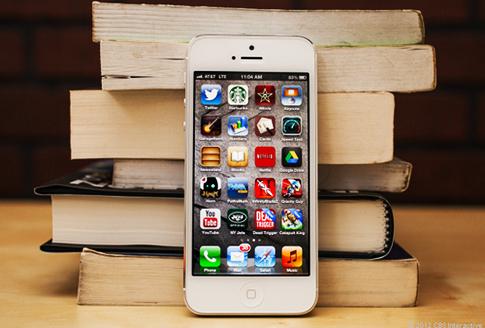 iPhone 5 bị ghét nhiều nhất so với Galaxy S4, BlackBerry Z10 và Lumia 920