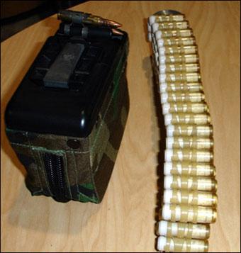 Đạn LSAT cũng có thể lắp cho các băng đạn nhẹ bằng plastic