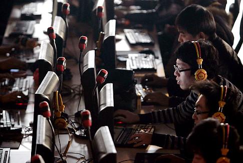 Chính phủ Trung Quốc nuôi tin tặc: Gậy ông đập lưng ông?