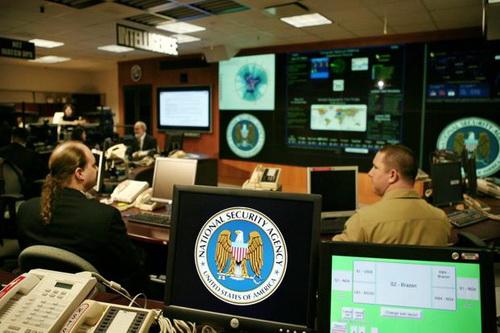Hoạt động bên trong NSA - Ảnh: Reuters