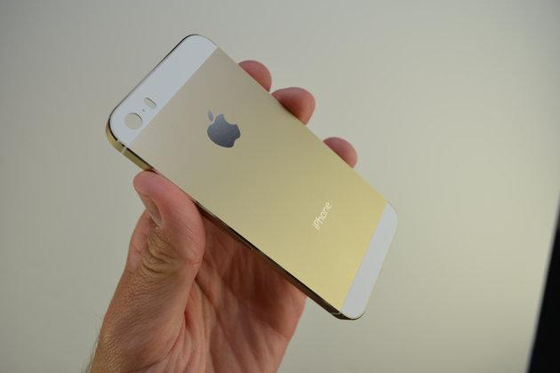 Cổ phiếu Apple tụt dốc sau khi giới thiệu iPhone 5S và iPhone 5C