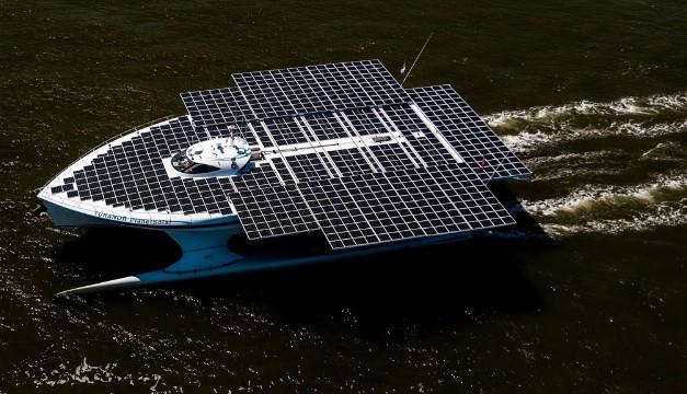 Hình ảnh siêu du thuyền năng lượng mặt trời lớn nhất thế giới