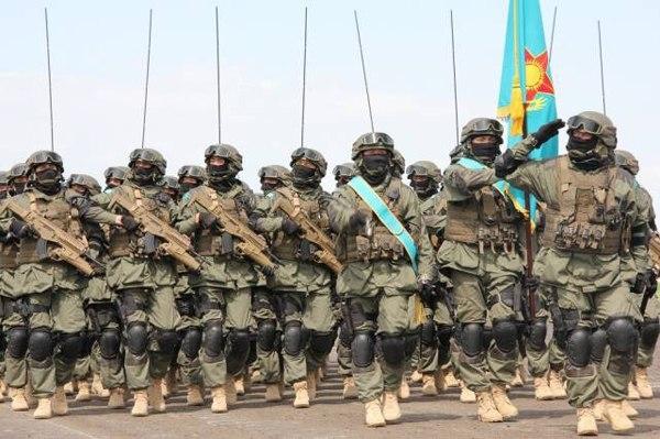 Lính đặc nhiệm Kazakhstan và súng ARX-160 sử dụng cỡ đạn 7,62x39mm