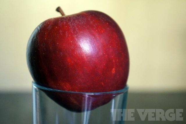 Trái cây chỉ thực sự tốt khi ăn, uống nước ép thì vô dụng