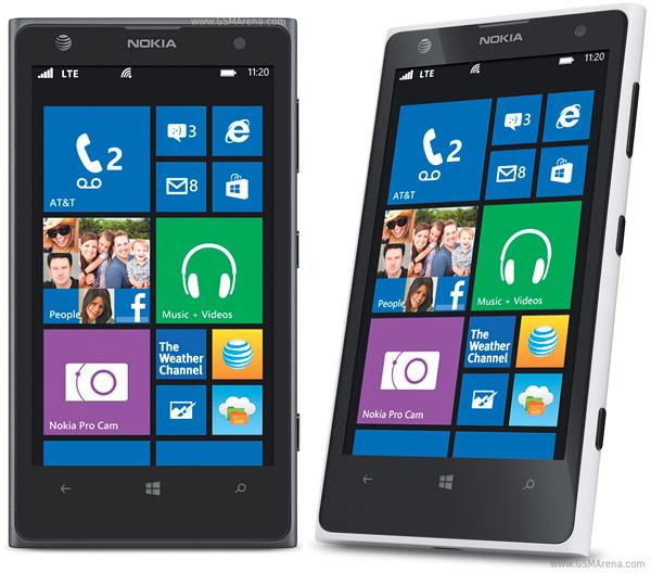 """Microsoft tức tốc mua lại Nokia vì cựu vương đã """"chán ngấy"""" Windows Phone"""