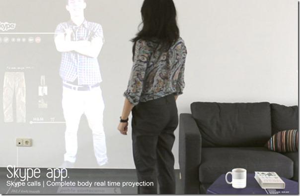 Trò chuyện qua skype với người thân