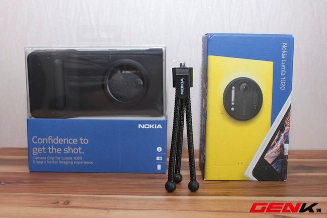 Cận cảnh bộ phụ kiện chính hãng dành cho Lumia 1020
