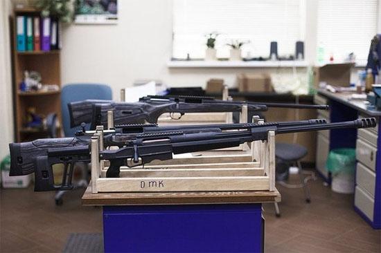 Các khẩu súng bắn tỉa Orsis T-5000. Nhà máy sản xuất được 5-6 khẩu súng này/ngày.