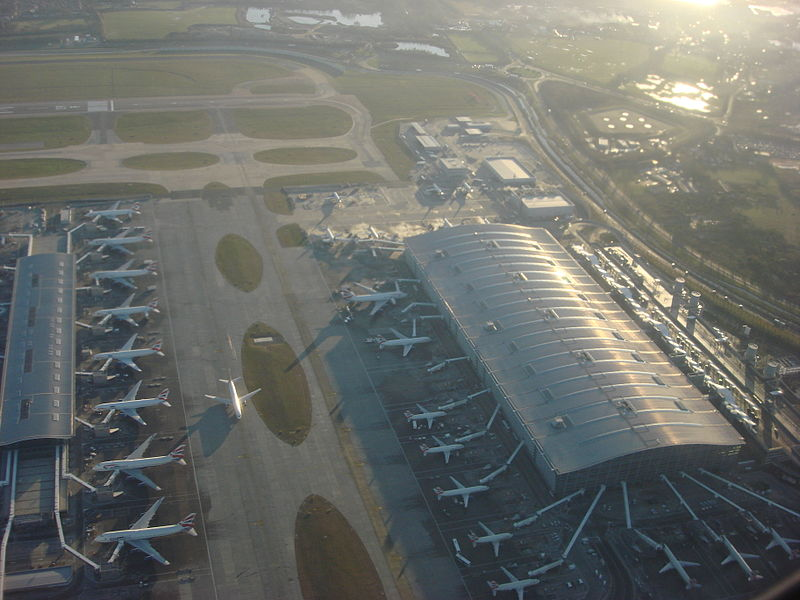 File:Heathrow Airport 014.jpg