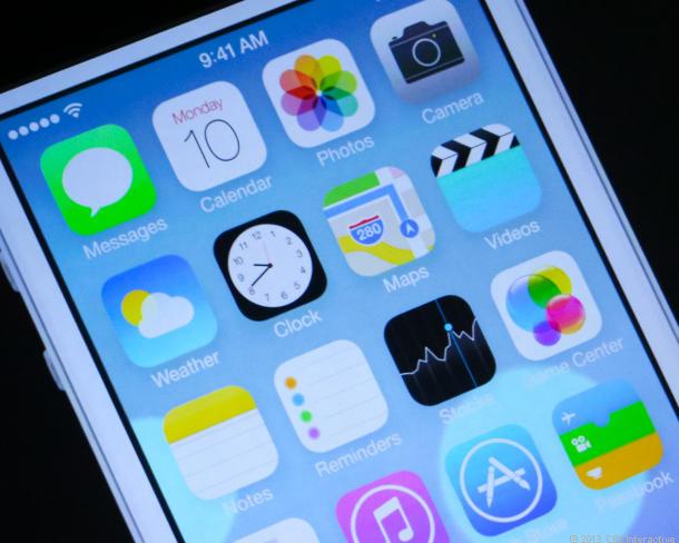 iOS 7.1 trên iPhone 4 đã bị hacker jailbreak thành công
