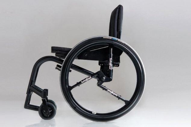 Acrobat xe lăn, trong đó cho thấy tắt thiết kế độc đáo