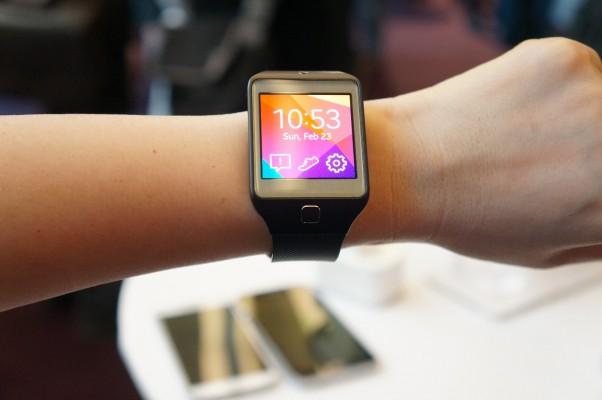 Samsung sẽ ra mắt smartwatch đầu tiên chạy Android Wear tại Google I/O 2014