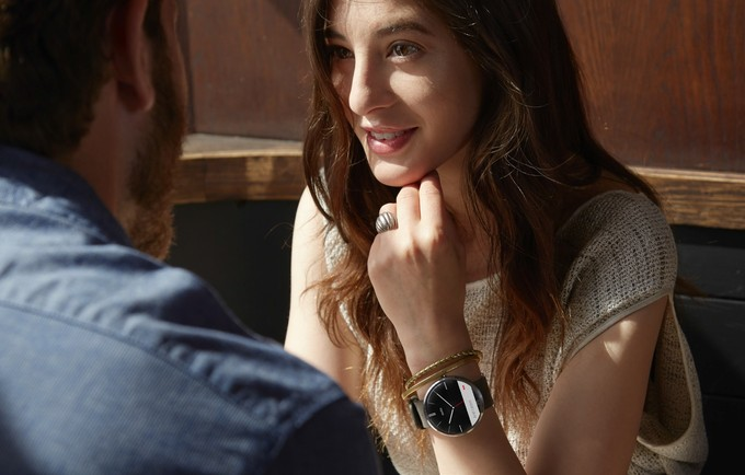 Motorola says the Moto 360 is sold out, expects limited availability for a while