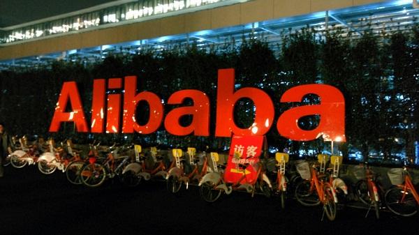 10 lý do Alibaba đánh bại Amazon và eBay