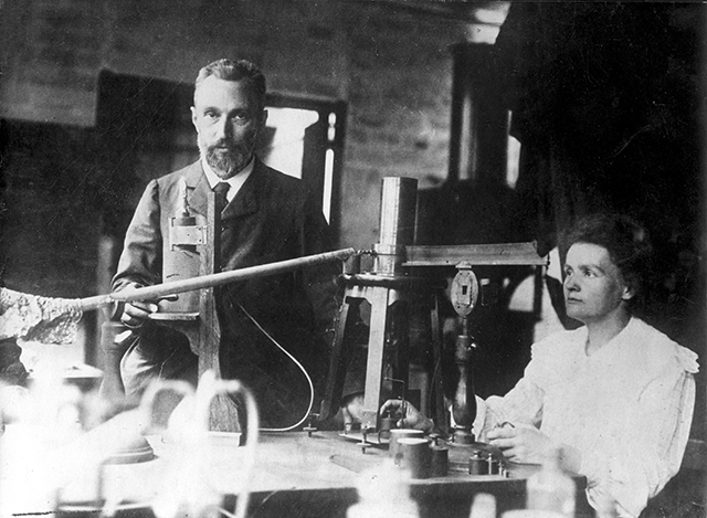 Pierre_and_Marie_Curie.