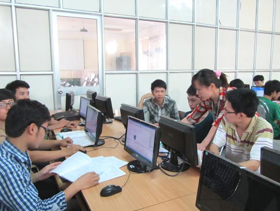 Theo thống kê của Hiệp hội CNTT-TT Malaysia, cuộc sống của các chuyên gia CNTT Việt Nam đang thoải mái hơn nhiều so với các đồng nghiệp ở Kuala Lumpur. Ảnh minh họa. Nguồn: Internet
