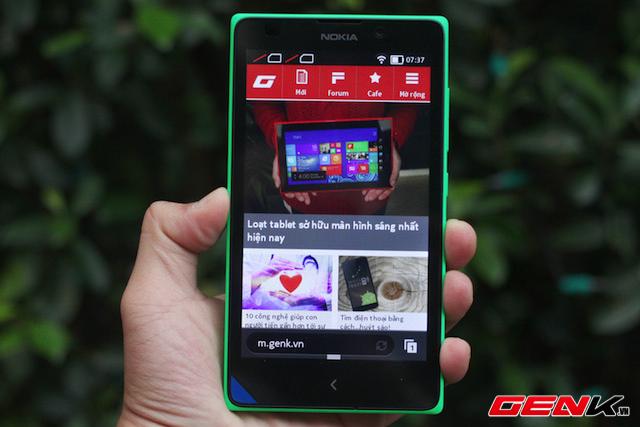 Microsoft chính thức ra mắt Nokia XL tại Việt Nam, giá 3,7 triệu