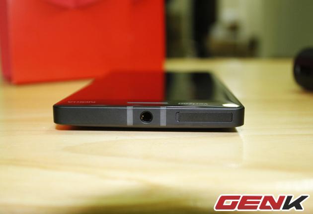 Cận cảnh Lumia Icon - Tiền thân của Lumia 930 sắp ra mắt