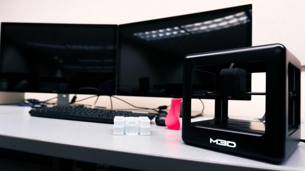 Micro: Máy in 3D siêu rẻ cho mọi nhà
