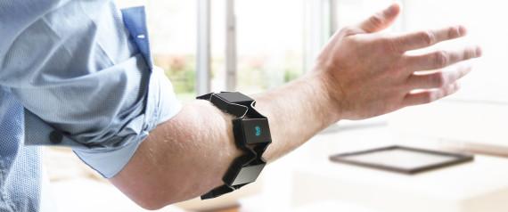 Băng đeo Myo: Điều khiển máy tính bằng cử động tay