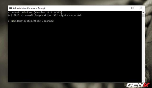 """Trong Command Prompt, hãy nhập lệnh """"sfc /scannow"""" rồi nhấn phím """"ENTER"""" để khởi chạy lệnh."""