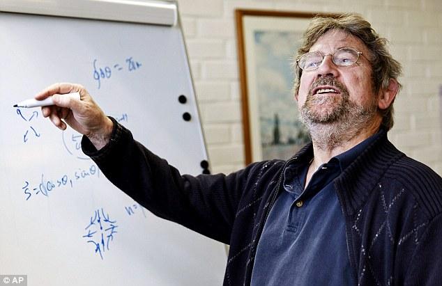 Giáo sư Kosterlitz trong một bài giảng